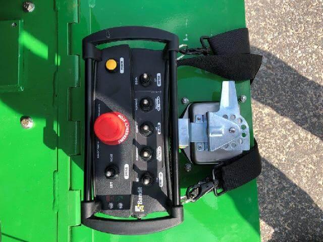 BANDIT 2550 – pařezová fréza na pásovém podvozku